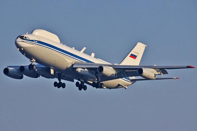 May bay ngay tan the cua Nga khien phuong Tay to mo ra sao?