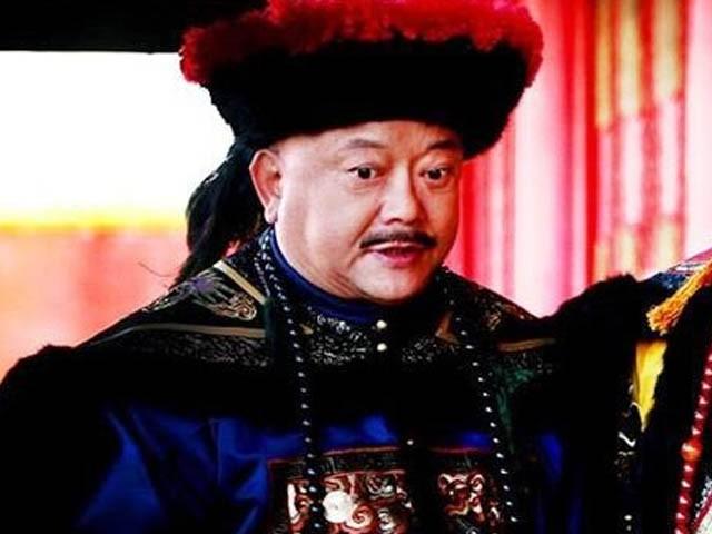 """""""Doc chieu"""" kiem tien giup Hoa Than giau nut do do vach-Hinh-9"""
