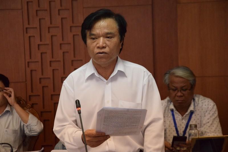 Giam doc So Tai chinh tinh Quang Nam vua bi de nghi kiem diem xin nghi viec