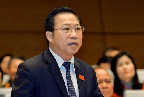 """DBQH Pham Thi Minh Hien: """"Su co xa hoi hoa sach giao khoa la bai hoc cay dang""""-Hinh-2"""