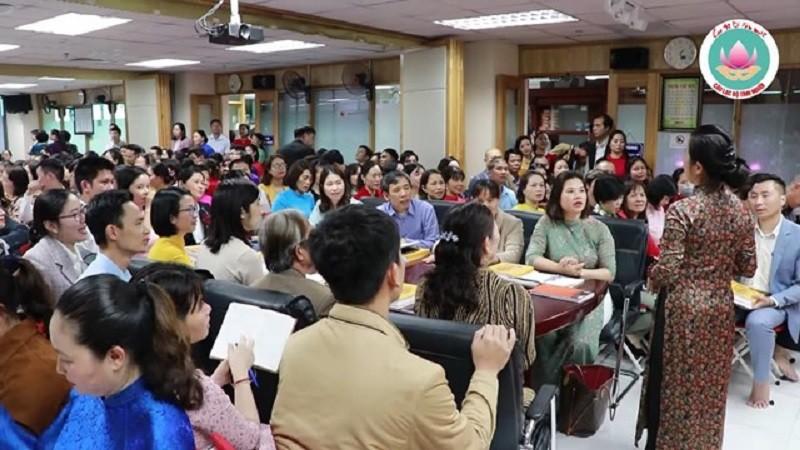 CLB Tinh nguoi truyen ba me tin: