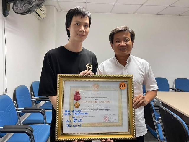 Ong Doan Ngoc Hai tang lai Huan chuong Lao dong: Phap luat quy dinh the nao?