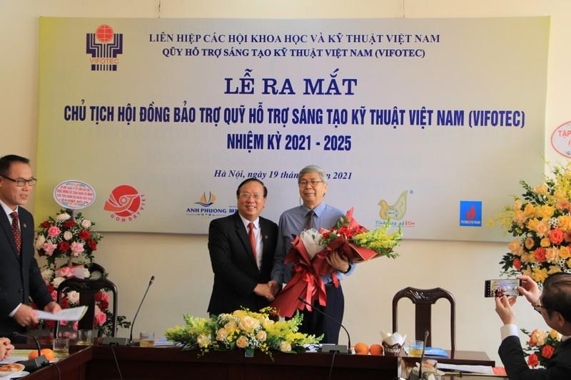 TSKH Phan Xuan Dung lam Chu tich Quy Ho tro sang tao Viet Nam-Hinh-2