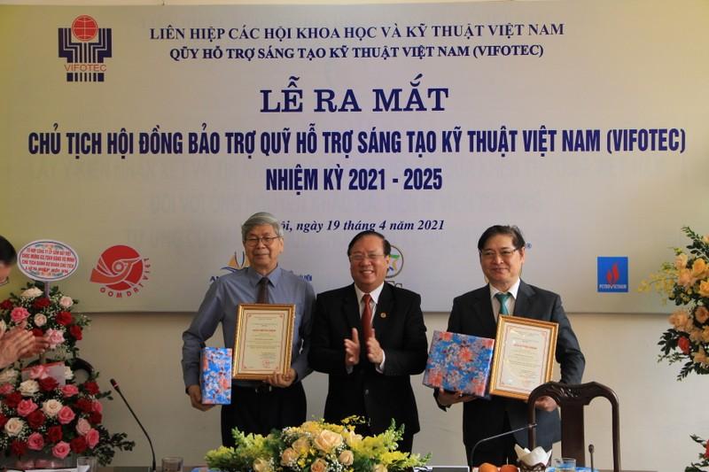 TSKH Phan Xuan Dung lam Chu tich Quy Ho tro sang tao Viet Nam-Hinh-3
