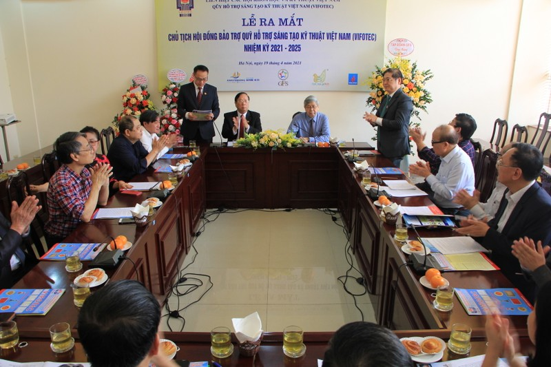 TSKH Phan Xuan Dung lam Chu tich Quy Ho tro sang tao Viet Nam