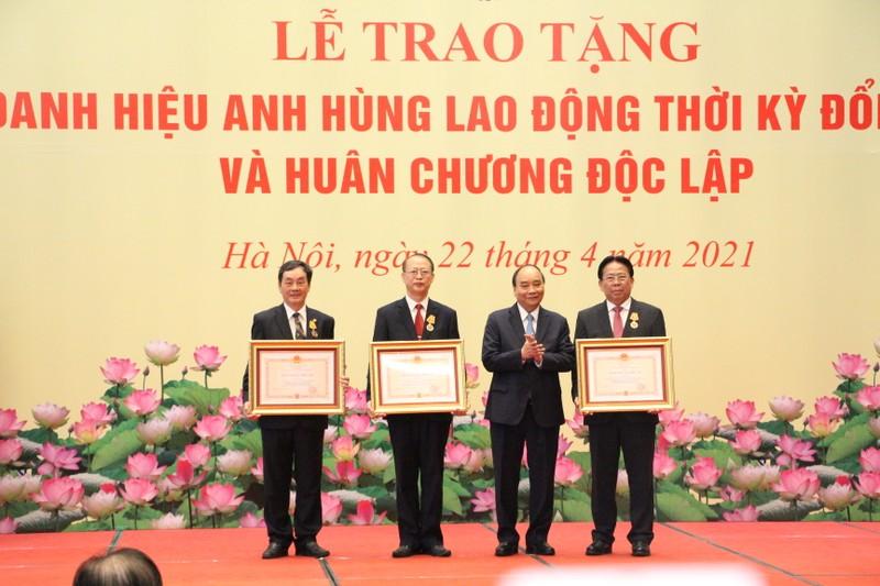 Chu tich Nguyen Xuan Phuc: VUSTA la noi tap hop, lan toa cua cac nha khoa hoc Viet-Hinh-2
