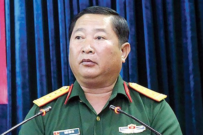 Thieu tuong Tran Van Tai, Pho Tu lenh Quan khu 9 bi cach chuc