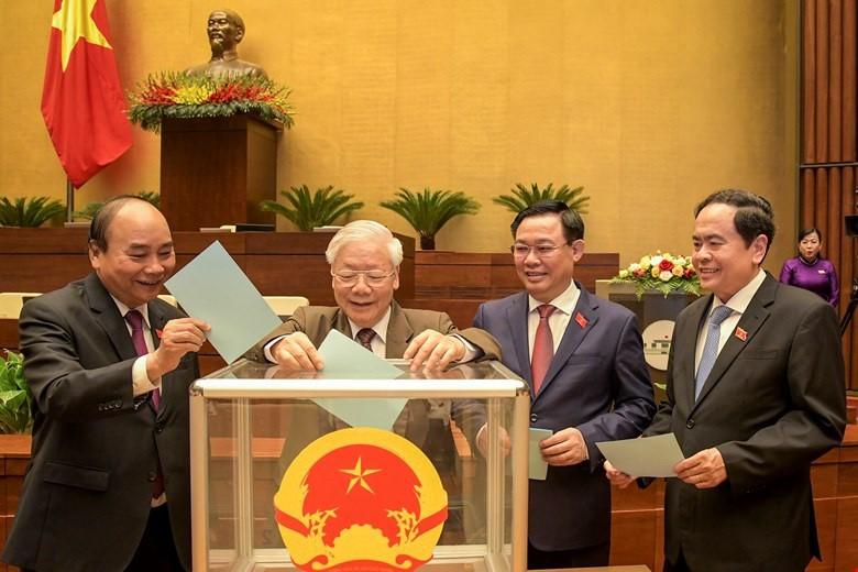 Ong Nguyen Xuan Phuc duoc de cu de Quoc hoi bau lam Chu tich nuoc