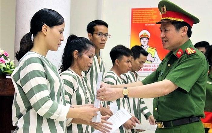 86 pham nhan duoc tha tu 2/9: TP HCM dang phong toa, ve nha the nao?