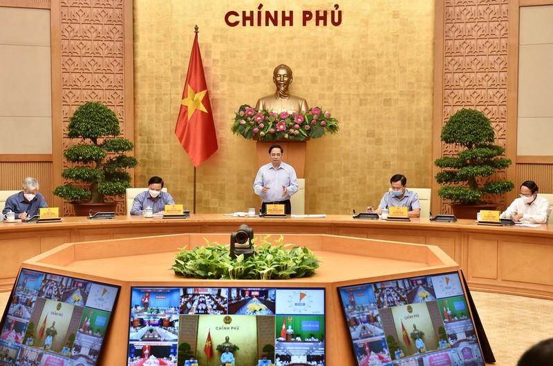 """Thu tuong Pham Minh Chinh: Thi tran la """"phao dai"""", nguoi dan la """"chien si"""""""