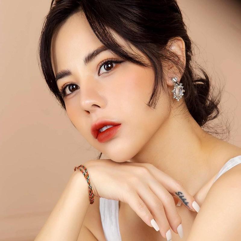 Ban gai Huynh Anh len tieng khang dinh khong phai nguoi thu ba-Hinh-5