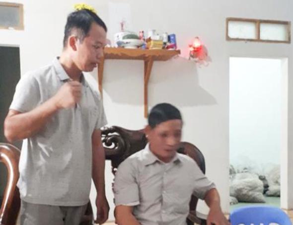 Thay lang lam benh nhan co bau 2 lan o Bac Giang: Co gai dong y... xu sao?