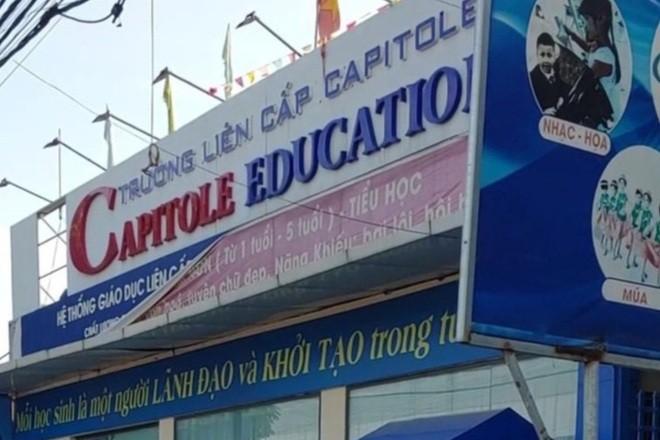 """Truong lien cap Cappitole """"xe rao"""" cho hoc sinh den truong hoc"""