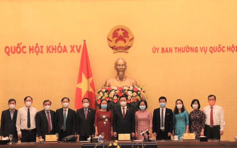 """Chu tich Quoc hoi: """"Doanh nhan, doanh nghiep phat huy tinh than dan toc""""-Hinh-7"""