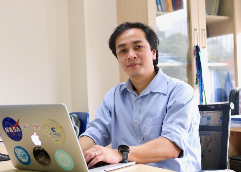PGS.TS Ngo Duc Thanh voi nghien cuu xuat sac duoc de cu giai thuong Ta Quang Buu