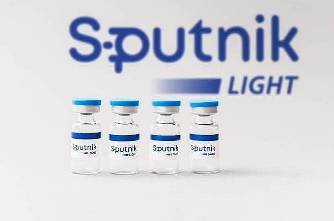 Vaccine Sputnik Light khac gi Sputnik V… duoc nhap ve Viet Nam?