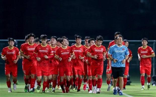 Vong loai World Cup 2022: Viet Nam doi dau UAE voi doi hinh nao?