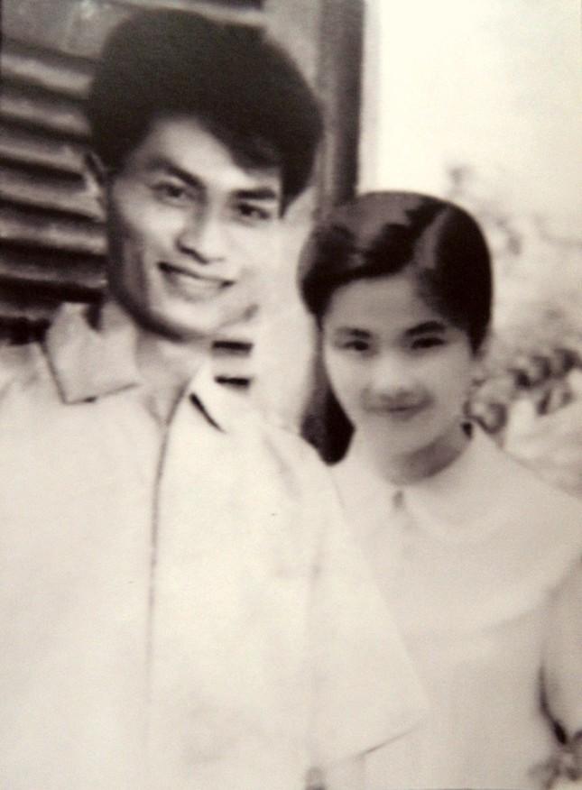 "Nha tho, liet si Le Anh Xuan: ""Hoa no"" trong dong mau nong trai tim-Hinh-2"