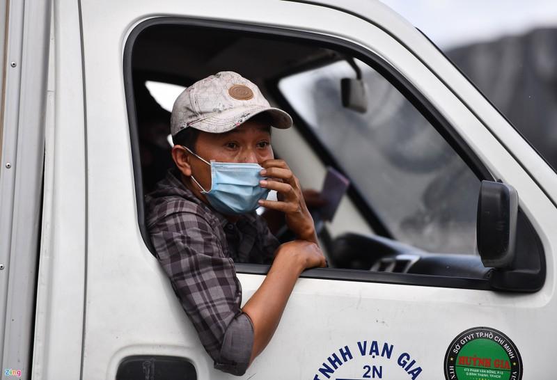 Bo Cong Thuong hoa toc de nghi tiem vaccine cho lai xe cho hang