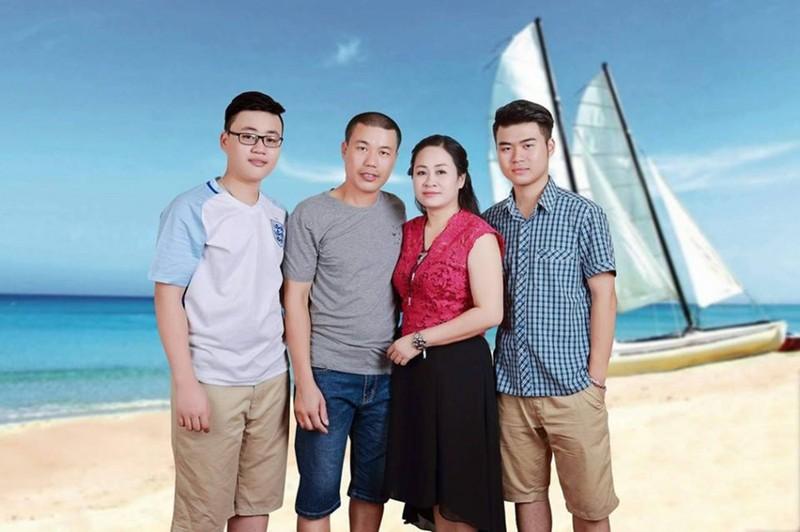 Xuc dong nguoi dan ong hien tang mang lai su song cho 5 nguoi