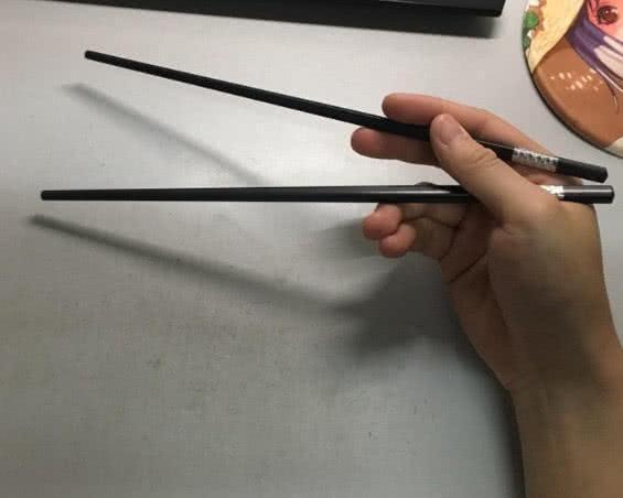 Cach cam dua bat mi van menh giau sang hay ngheo hen-Hinh-5