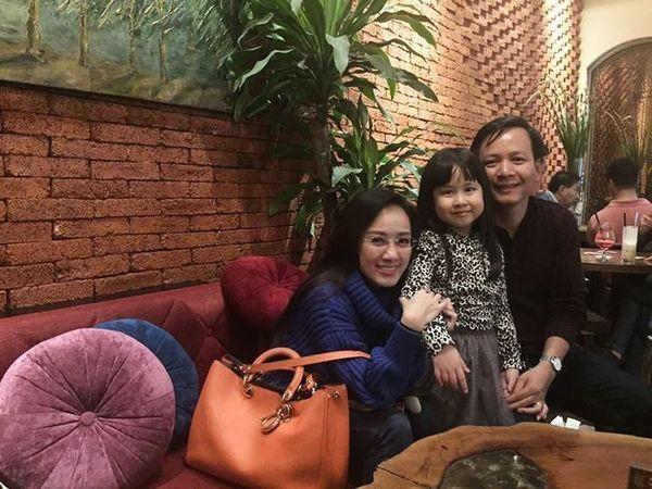 Hon nhan hanh phuc cua loat nu BTV, MC dinh dam dai VTV-Hinh-3
