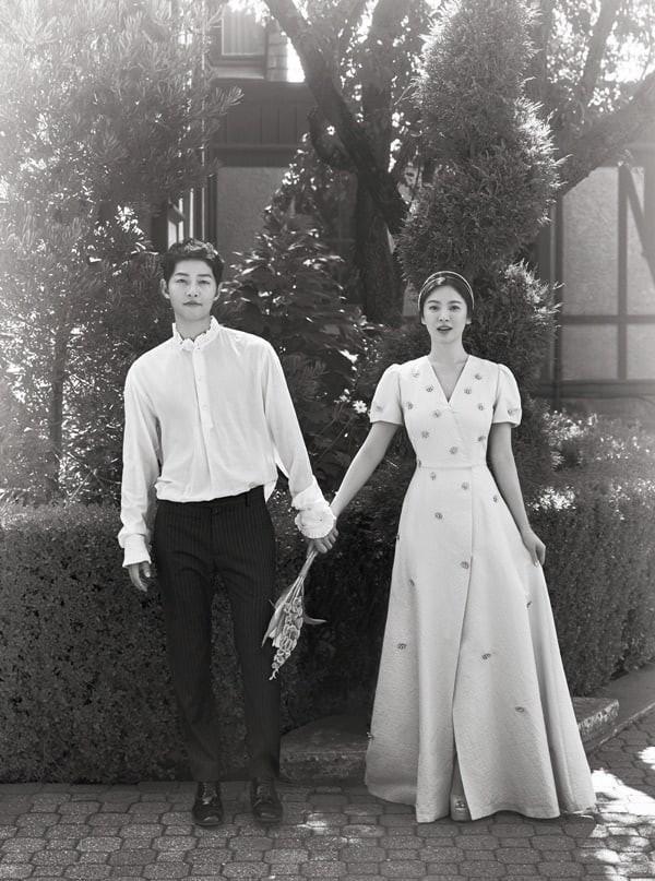 Chuyen tinh Song Joong Ki-Song Hye Kyo: Noi yeu thoi, dung noi yeu mai mai