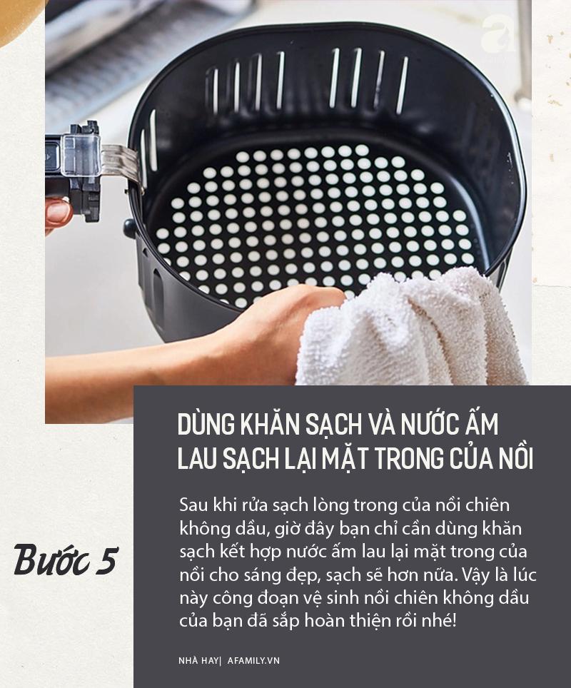 6 buoc giup ban ve sinh noi chien khong dau sach bong nhu moi-Hinh-5