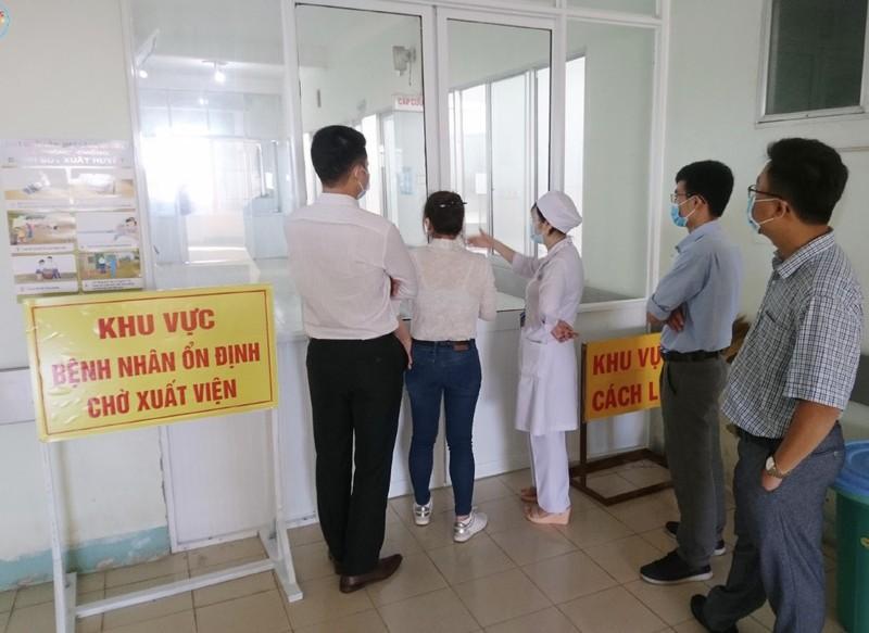 Benh vien Cho Ray len duong trong dem, chi vien cho Binh Thuan-Hinh-7