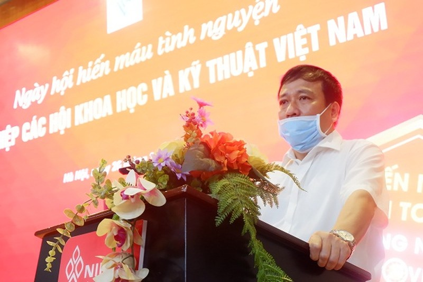 Doan vien Cong doan, Doan Thanh nien Lien hiep cac Hoi KH&KT Viet Nam hien mau mua Covid-19