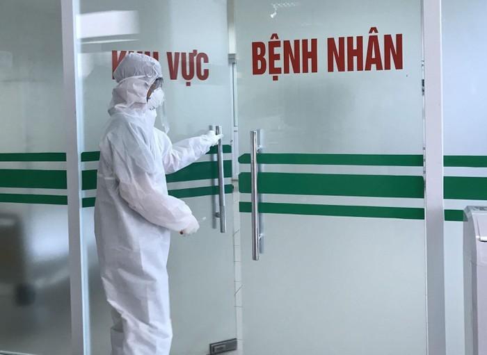 10 benh nhan Covid-19 moi co ca nhiem o BV Bach Mai... Viet Nam 163 ca