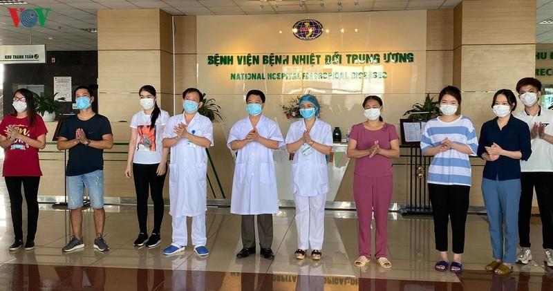 Them 3 ca mac COVID-19 khoi benh, Viet Nam dieu tri khoi 263 ca
