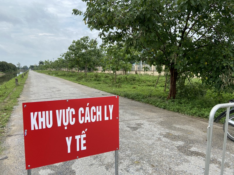 BV Benh Nhiet doi Trung uong dung tiep nhan benh nhan