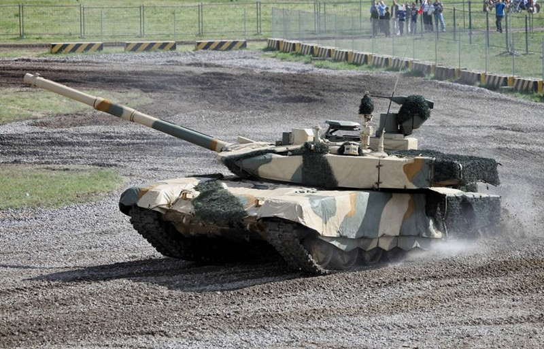 Viet Nam mua he thong mo phong de huan luyen tang T-90?