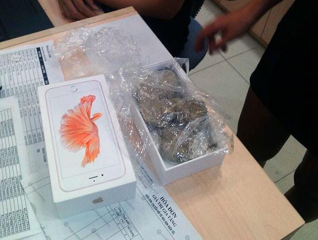 """Phat hoang"" mua iPhone 6S o The Gioi Di Dong, nhan hop…soi da-Hinh-2"