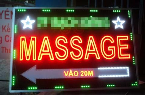 Ha Noi: Di massage, nguoi dan ong bi nhan vien dam tu vong