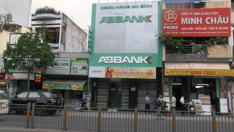 Bang cuop ngan hang ABBank o TP HCM sa luoi the nao?