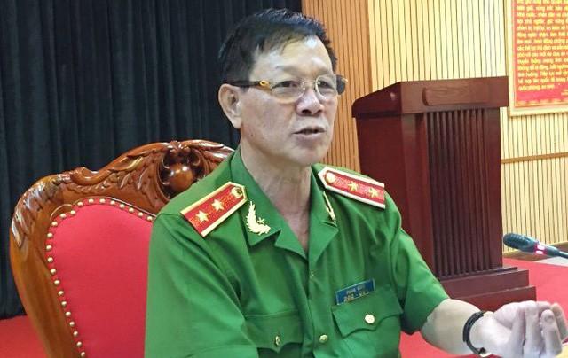Khoi to, bat tam giam 4 thang ong Phan Van Vinh