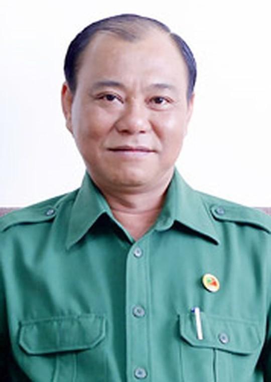 Ky luat canh cao TGD Tong Cong ty Nong nghiep Sai Gon Le Tan Hung