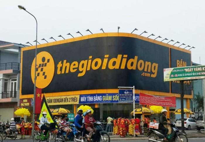 """Ong chu dang """"hot"""" cua The Gioi Di Dong giau co nao?"""