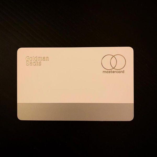 Tan mat the tin dung Apple Card sieu sang chanh cua Apple-Hinh-3