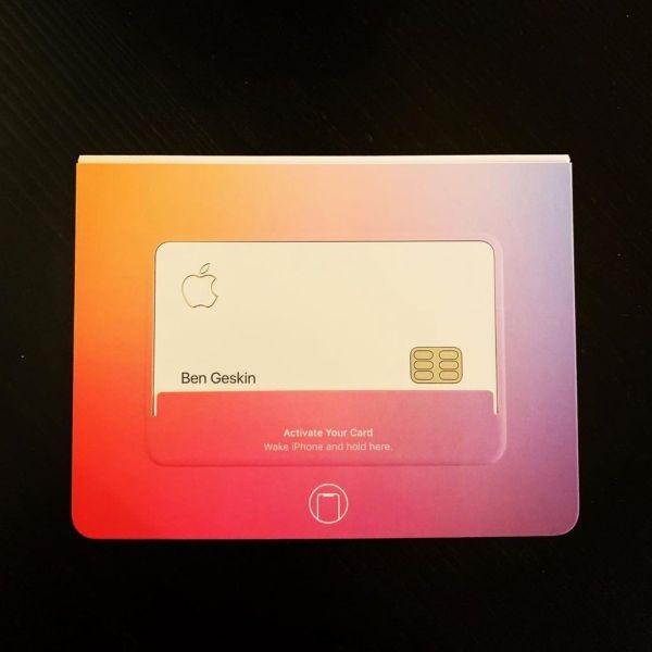 Tan mat the tin dung Apple Card sieu sang chanh cua Apple