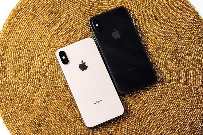 Gia chenh khong lon, nen mua iPhone X hay iPhone XS?