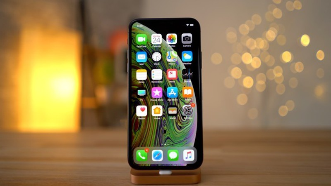 Apple sap tung iPhone, iPad va MacBook Pro gia