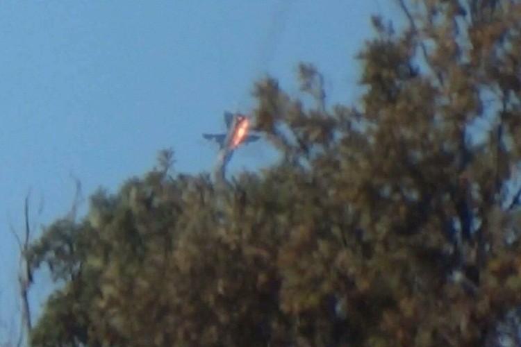 Cuu nghi si Duc: May bay NATO giup ban ha Su-24 Nga