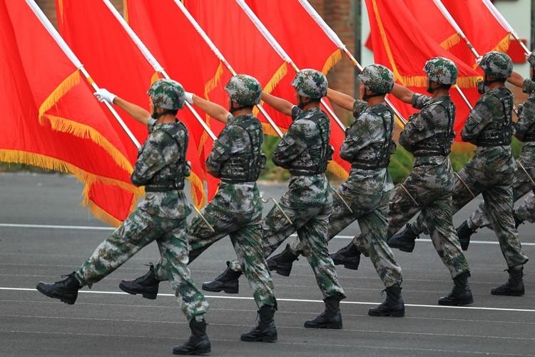 """Le Point: Trung Quoc """"chong lai phan con lai cua the gioi"""""""