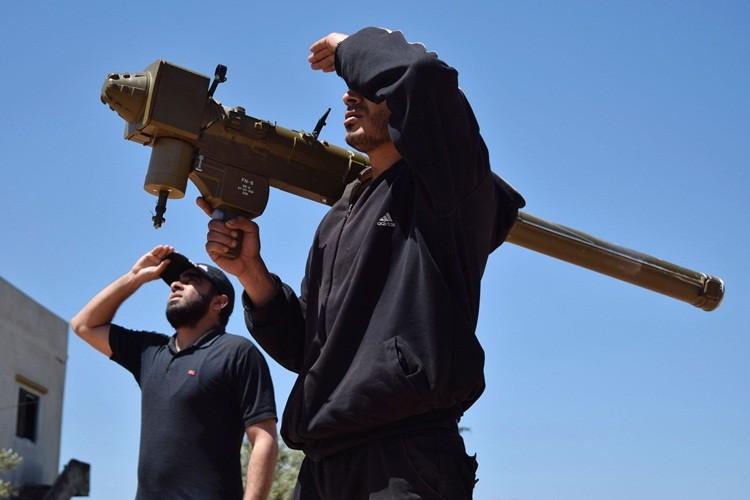 """Cac nuoc vung Vinh """"do them dau vao lua"""" o Syria?"""