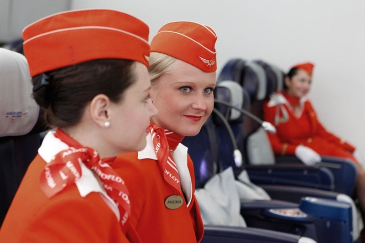 Ngam dan nu tiep vien lam nen thuong hieu Aeroflot-Hinh-10