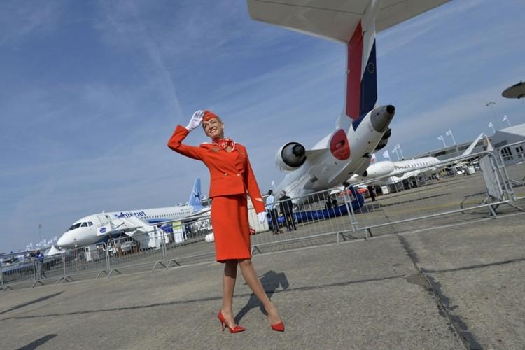 Ngam dan nu tiep vien lam nen thuong hieu Aeroflot-Hinh-12