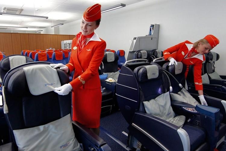 Ngam dan nu tiep vien lam nen thuong hieu Aeroflot-Hinh-4